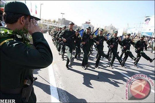 Dua anggota Pengawal Revolusi Iran tewas dalam bentrok dengan militan
