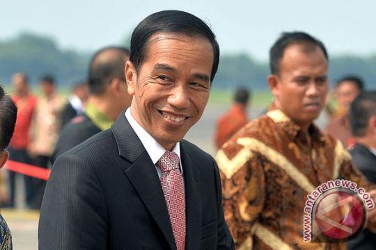Jokowi targetkan jalan tol Kalimantan rampung 2018