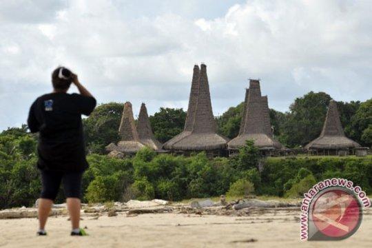 Kemnaker tingkatkan kualitas pekerja pariwisata Sumba