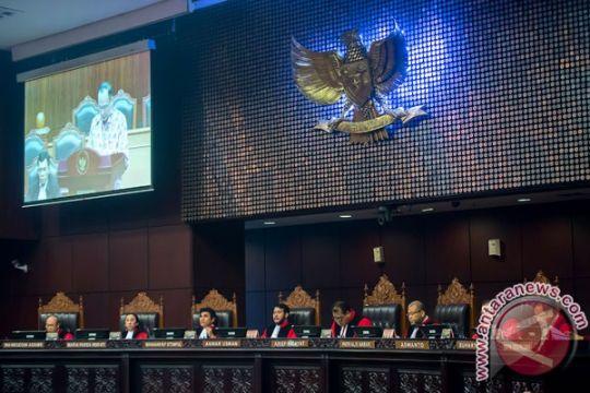 MK kabulkan permohonan uji materi dari Abdullah Puteh