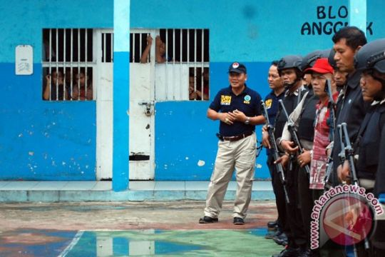 """Empat sipir """"ditandai"""" pasca insiden Lapas Padang"""