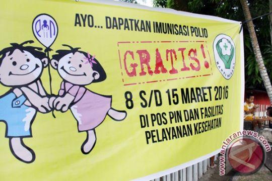 Balita ODHA Dumai divaksin injeksi polio khusus