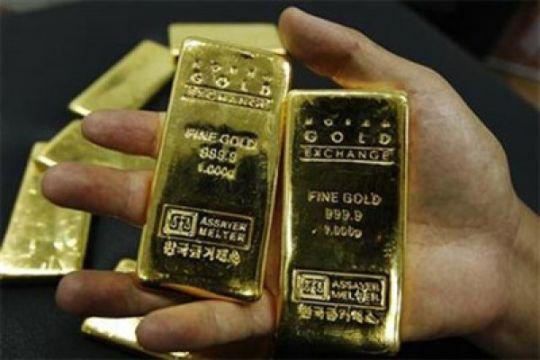 Harga emas kembali naik tiga dolar AS