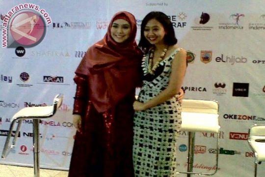 Asri Welas gandeng UKM batik di Indonesia Fashion Week