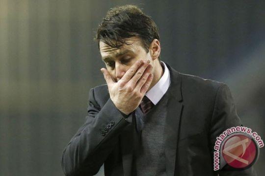 Nottingham Forest pecat pelatih