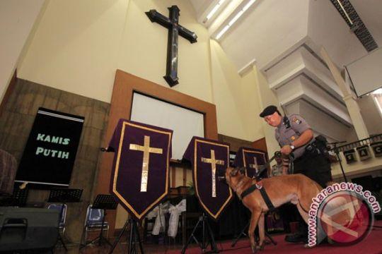 TNI - Polri amankan Hari Raya Paskah di Kalbar