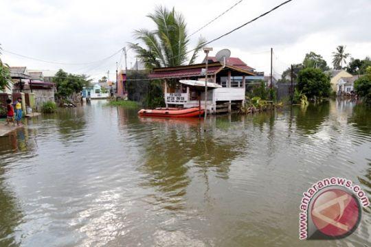 Banjir landa enam kecamatan di Bangkalan
