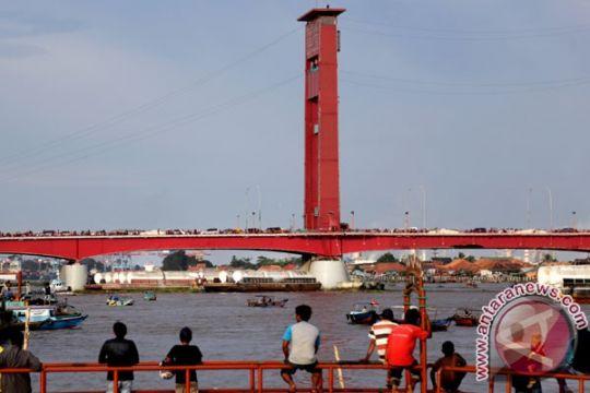 Jembatan Ampera akan dipercantik seperti Banpo Bridge Korsel