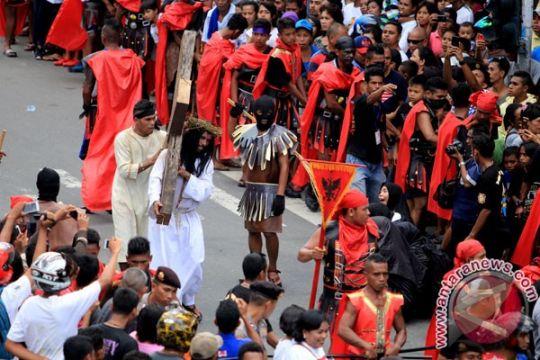 Pawai kerukunan Paskah cermin kedamaian di Sulut