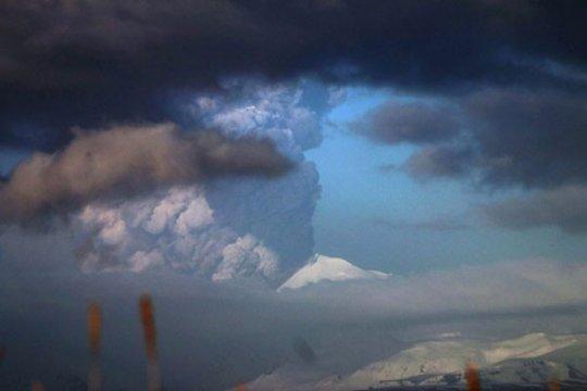 Enam orang hilang di Alaska setelah hujan picu tanah longsor