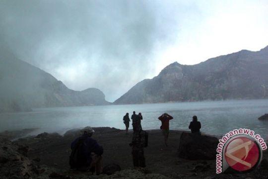 Pendakian Gunung Ijen dibatasi radius satu kilometer