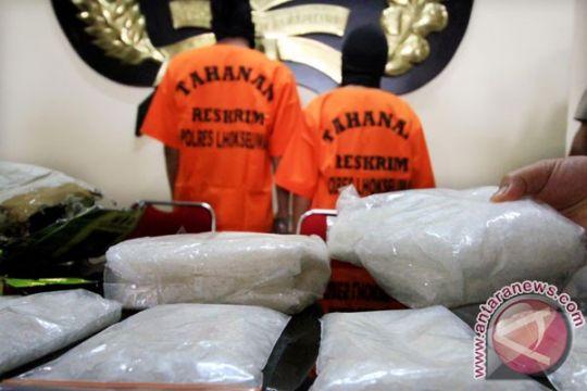 Bandar shabu lega dituntut 16 tahun penjara, terbebas dari hukuman mati