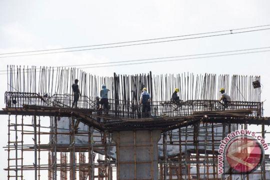 BPJT: robohnya tiang girder Tol Becakayu tak terkait bangunan lama