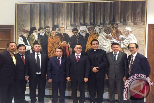 Ketua MPR sampaikan kerukunan antarumat Indonesia saat kunjungi Vatikan