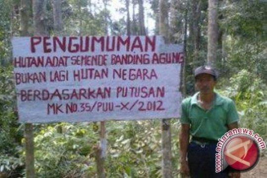 Dedi Mulyadi: Pengelolaan hutan oleh masyarakat adat adalah keharusan