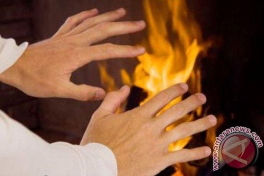 Warga Pondok Ranggon bakar diri karena masalah rumah tangga