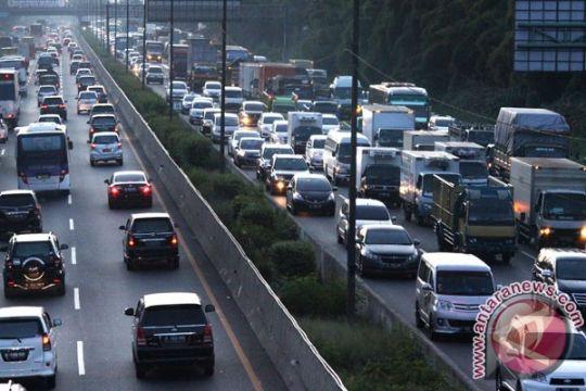 Puncak mudik Idul Adha Jakarta-Cikampek Jumat