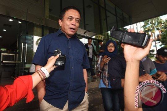 KPK periksa mantan gubernur Aceh Irwandi Yusuf