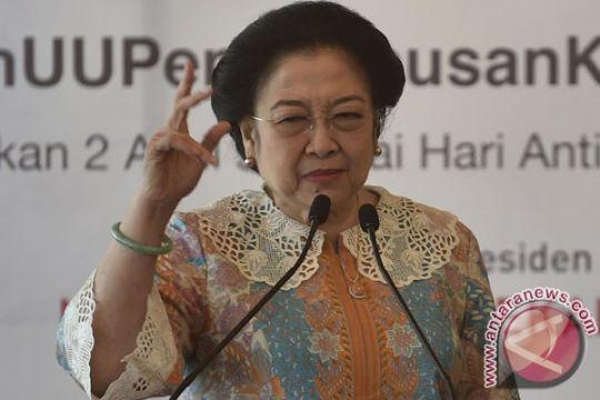 Megawati Soekarnoputri: makna pancasila harus membumi