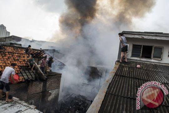 Kebakaran terjadi di pemukiman dekat UNJ