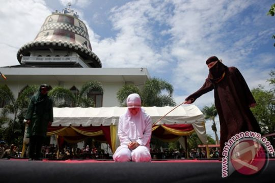 Lima pelanggar Syariat Islam kena hukum cambuk di Aceh