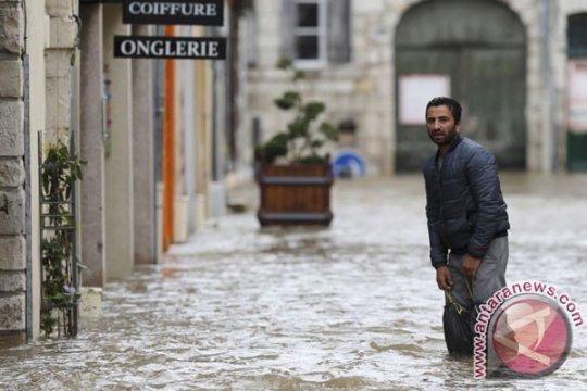 Prancis janjikan bantuan bagi korban banjir