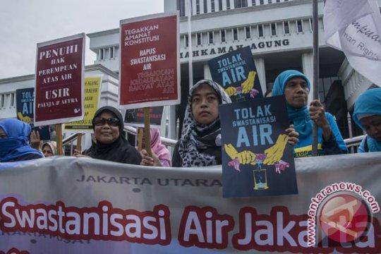 Adendum swastanisasi air minum DKI Jakarta masih dipelajari
