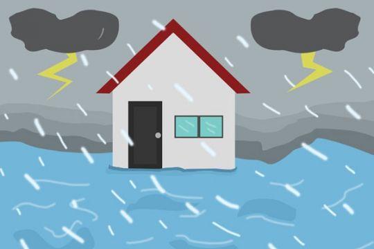 Banjir melanda jalanan utama Garut