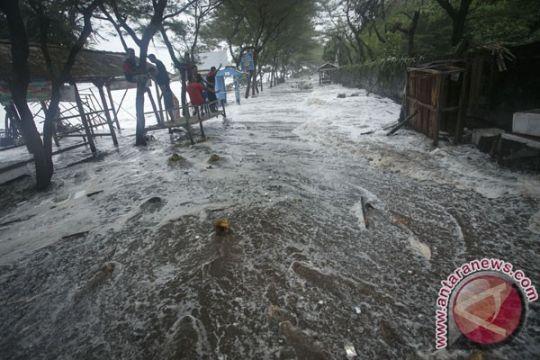 Belasan sekolah di Gunung Kidul terendam banjir