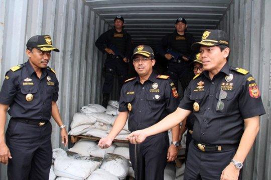 Bea Cukai gagalkan 14 ton ekspor ilegal pasir timah