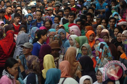 440 perusahaan di Sukabumi sudah bayarkan THR