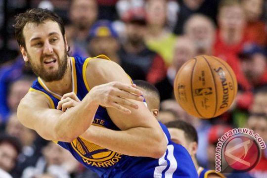 Final NBA - Cedera membuat Andrew Bogut tak bisa terus