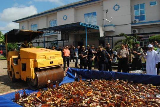 Bea Cukai Jambi musnahkan barang ilegal