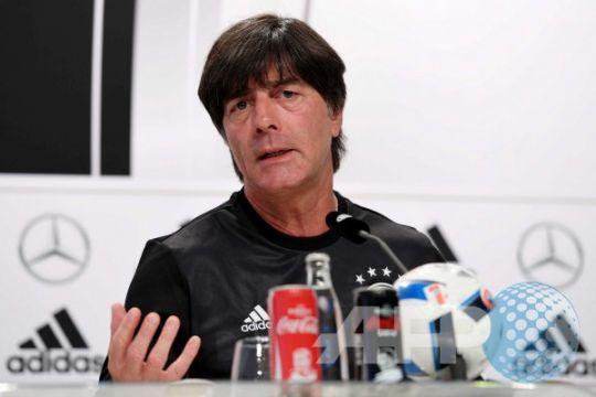 Jerman bermain sangat buruk, kata Loew