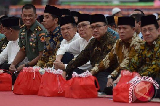 Presiden Jokowi buka bersama dengan Keluarga Besar TNI