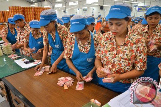 Disnakertrans Riau buka posko pengaduan THR