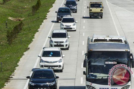 Arus kendaraan di tol Palimanan ke Jakarta hari ini naik