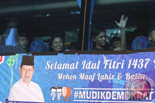 SBY lepas 5.242 pemudik gratis Partai Demokrat