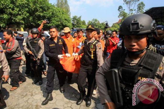 Jenazah pembom bunuh diri dikubur di Polokarto