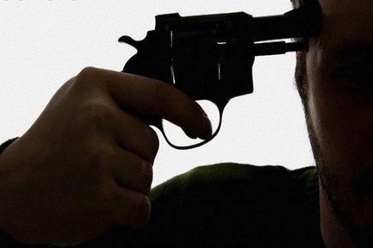 Mantan kepala BPN Denpasar bunuh diri saat dibawa ke mobil tahanan