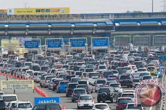 114.000 kendaraan akan lewati Jakarta-Cikampek pada puncak mudik
