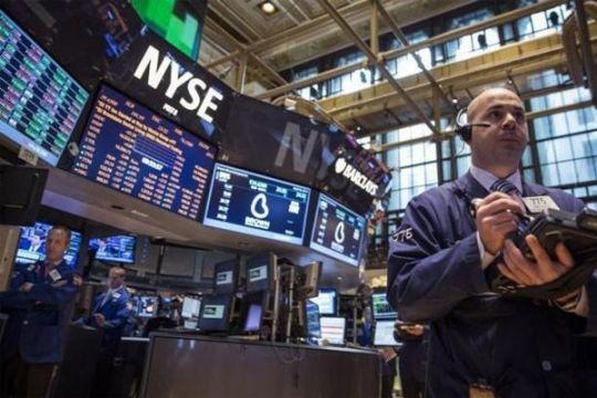 "Wall Street berakhir turun karena ""yield"" obligasi AS melonjak"