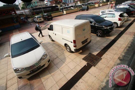 Polisi bersihkan preman Wonokromo