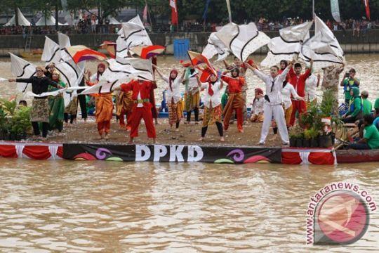 "Festival Cisadane ditutup dengan ""Culinary Night"" pasar lama"