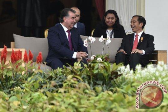 Akses darat Tajikistan-Tiongkok peluang bangun kerja sama industri