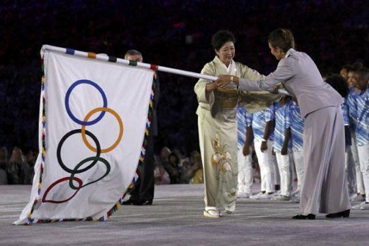 Bendera Olimpiade sudah sampai di Tokyo