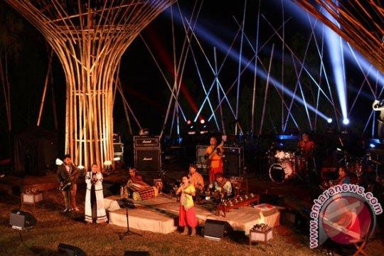 Jazz Gunung Bromo, amfiteater tertinggi dunia