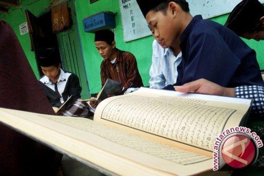 Syarief Hasan : Pesantren tempat belajar calon pemimpin bangsa