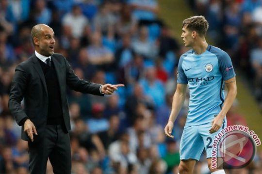 Manchester United larang City bawa kru film ke Old Trafford