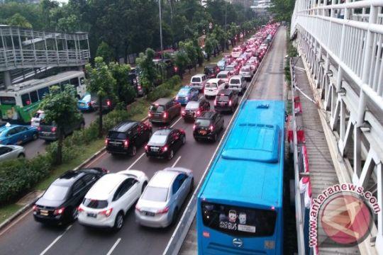 Fakta: sediakan angkutan umum baru batasi kendaraan